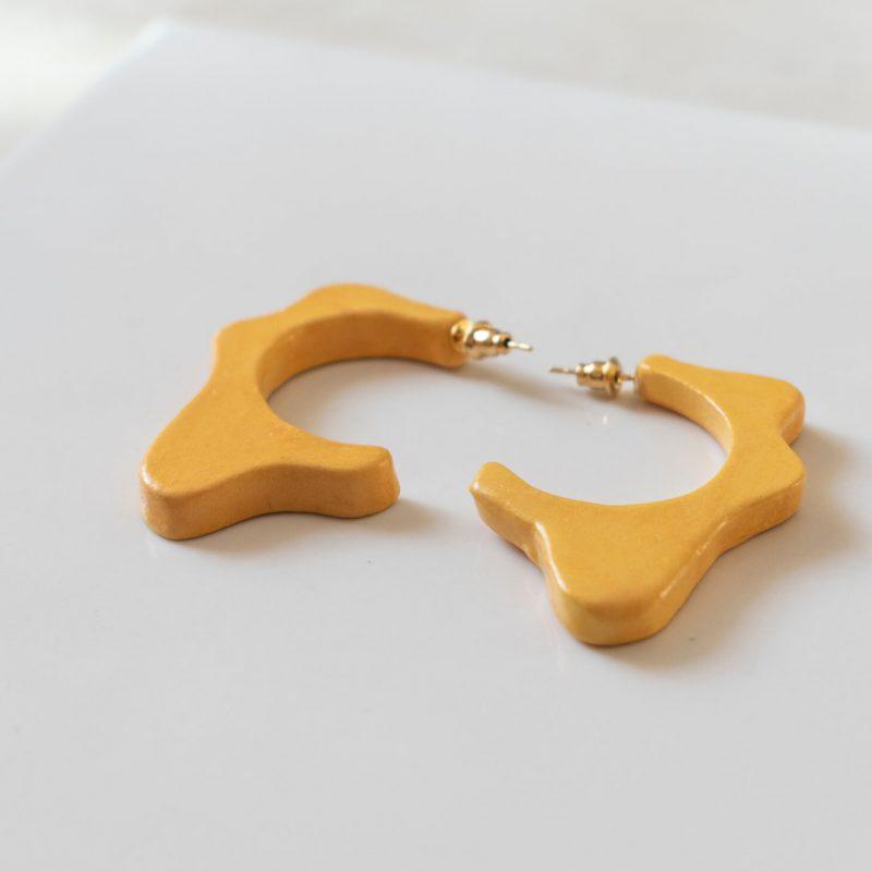 Orecchini a cerchio Ionica, arancio, orecchini ceramica smaltata e dipinta a mano, orecchini estivi