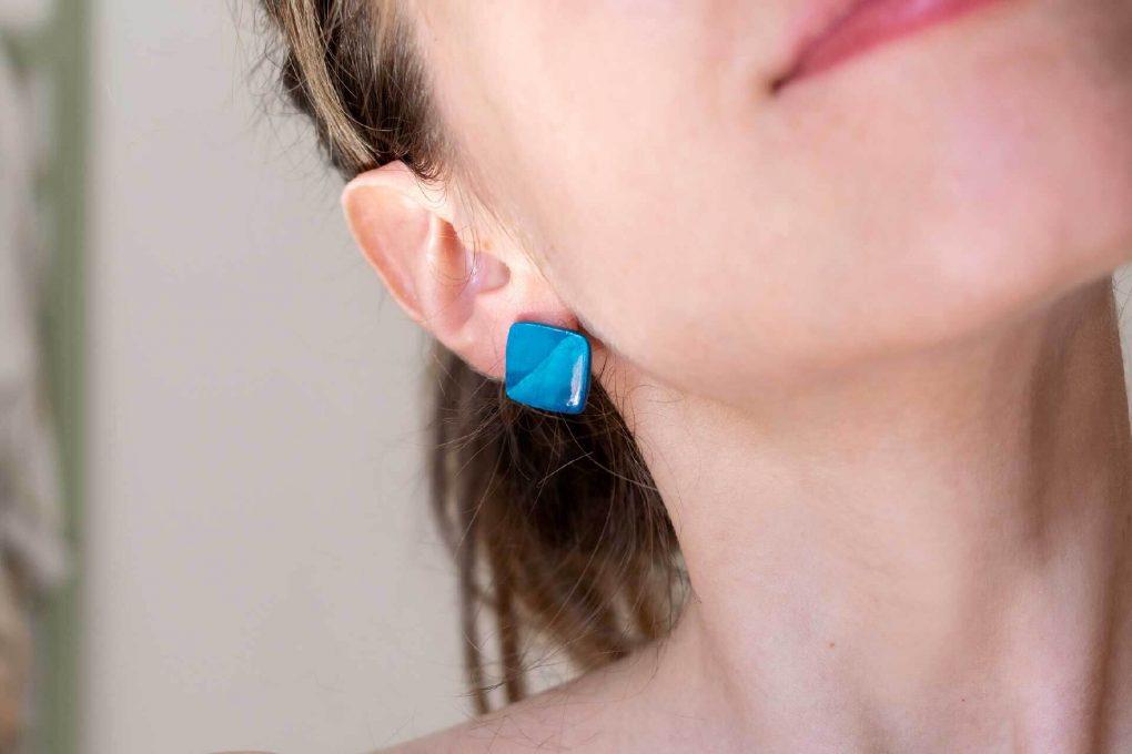 orecchini in ceramica, orecchini lobo in ceramica, orecchini artigianali, orecchini piccoli a lobo, orecchini artigianali siciliani